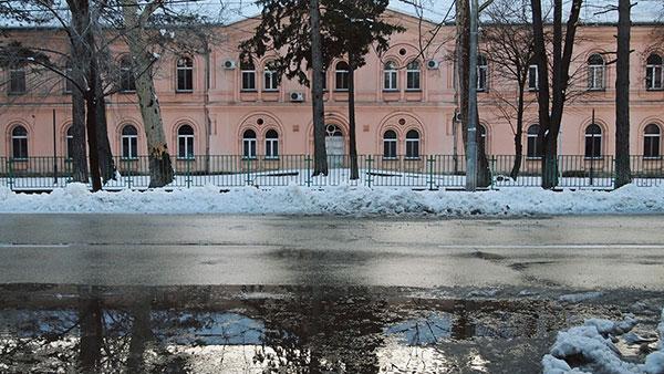 sneg na ulici