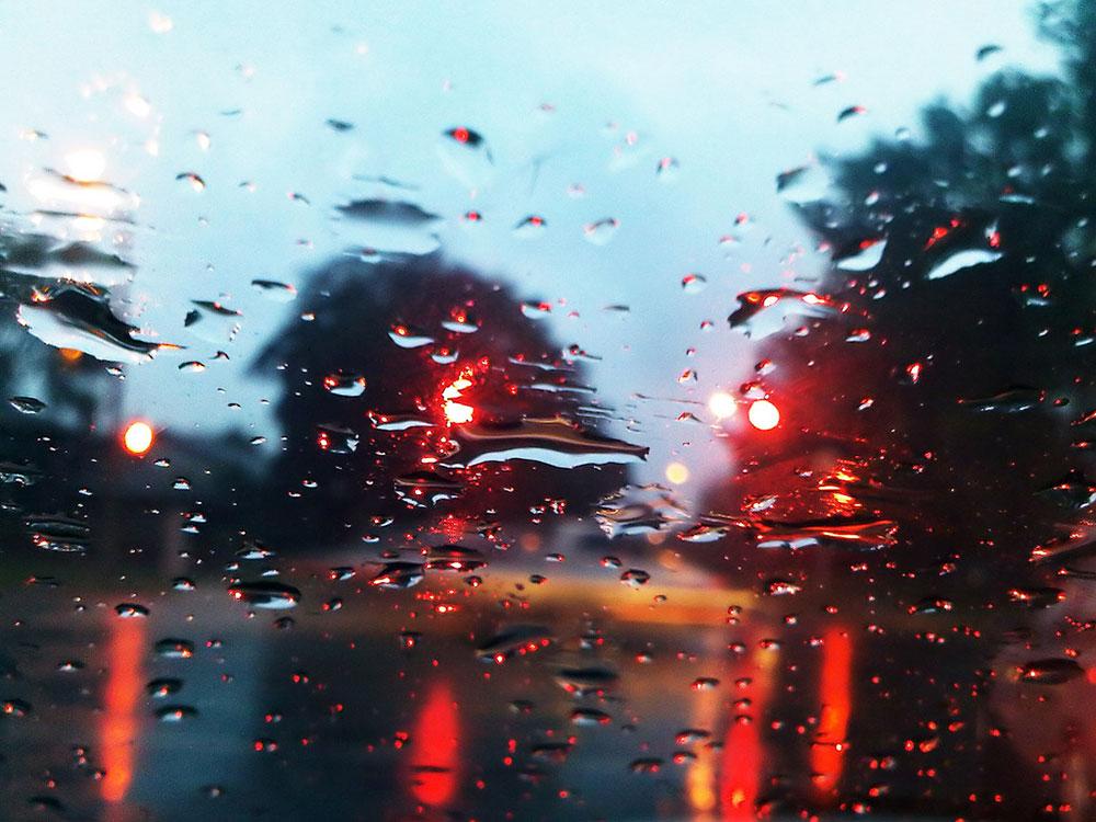 kiša na prozoru