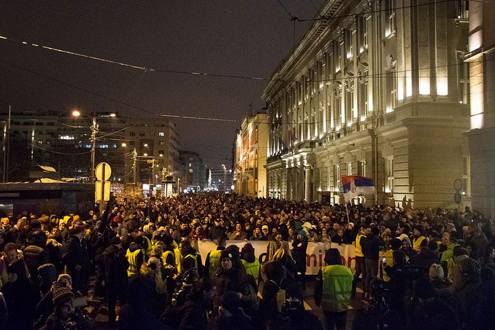 Protesti u Beogradu #1od5miliona