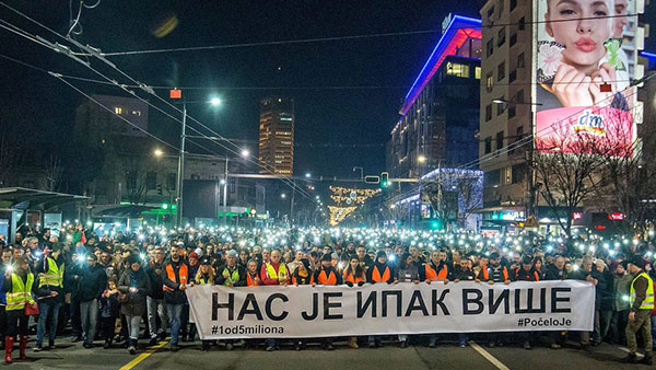 """There's more of us than you"", protests in Belgrade"