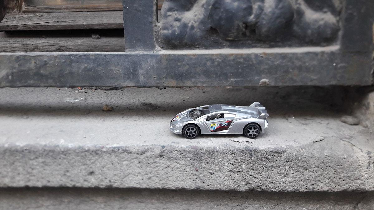 dečja igračka - policijski auto