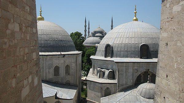 Aja Sofija, pogled na Plavu džamiju, Istanbul
