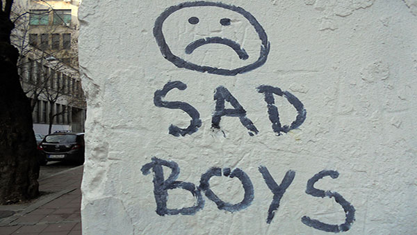 Natpis na zidu: Sad boys
