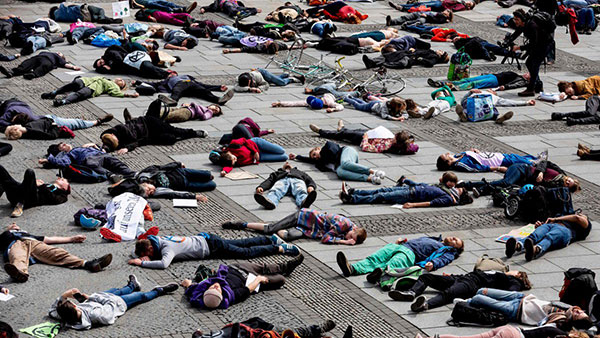 Extinction Rebellion, die-in u Berlinu 27. aprila