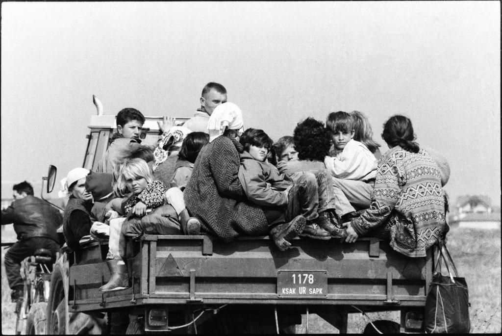 6. april 1999, albanske izbeglice napuštaju Uroševac, foto: Vuk Branković