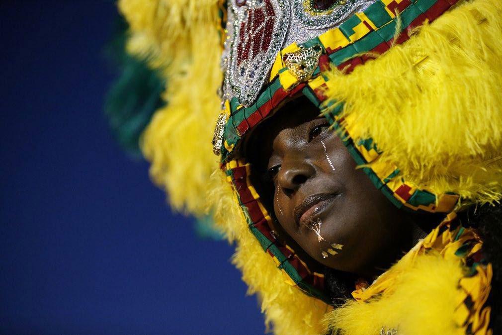 "Velika Kraljica Mardi Gras ""indijanskog"" plemena The Wild Tchoupitoulas, New Orleans 2017, foto: Jonathan Bachman/Reuters"