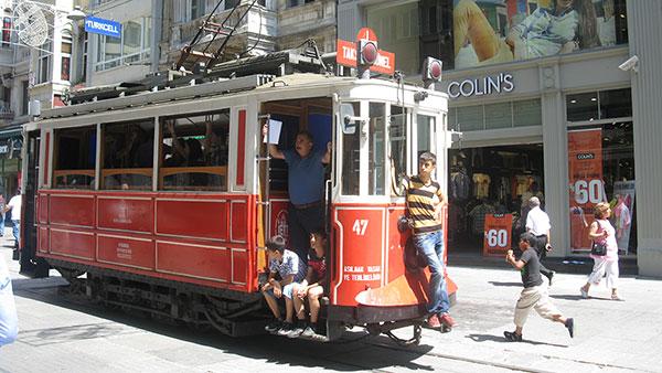 Tramvaj do Taksima, Istanbul