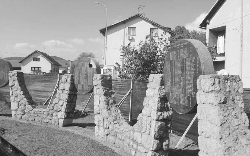 Spomenik žrtvama fašizma u Josipdolu, foto: Novosti