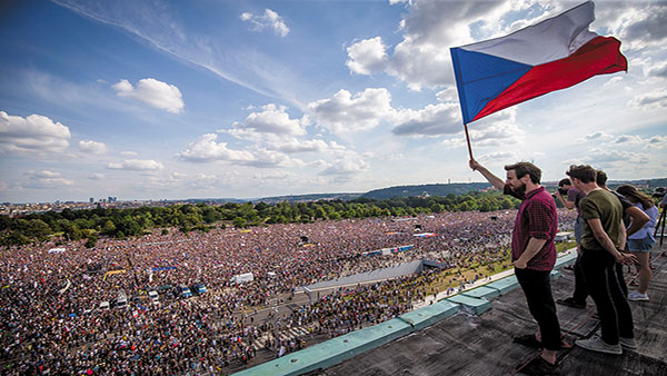 Protesti u Pragu 23. juna 2019, foto: Gabriel Kuchta/Getty Images