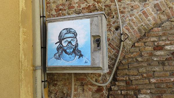 Isus u Raveni, Blub