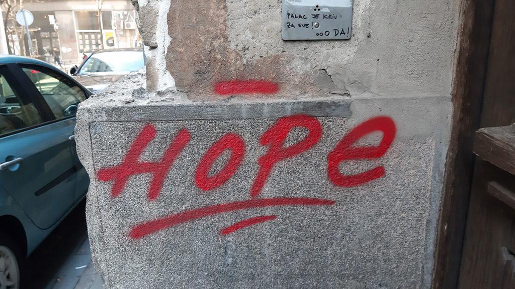 Hope, napisano na zidu