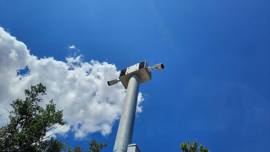 kamere na stubu na ulici