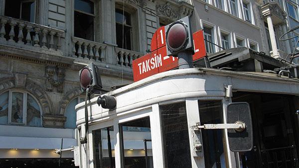 Tramvaj za Taksim