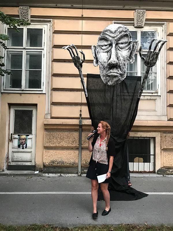 Lutka Janez Janša