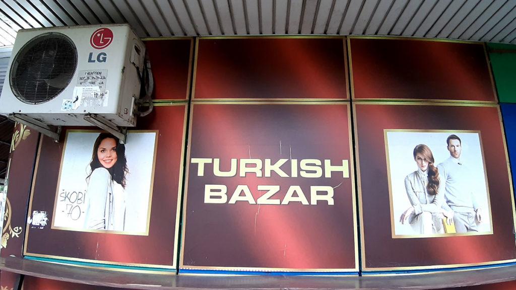 Turkish bazar, reklama za prodavnicu turske robe u Bloku 70, Novi Beograd