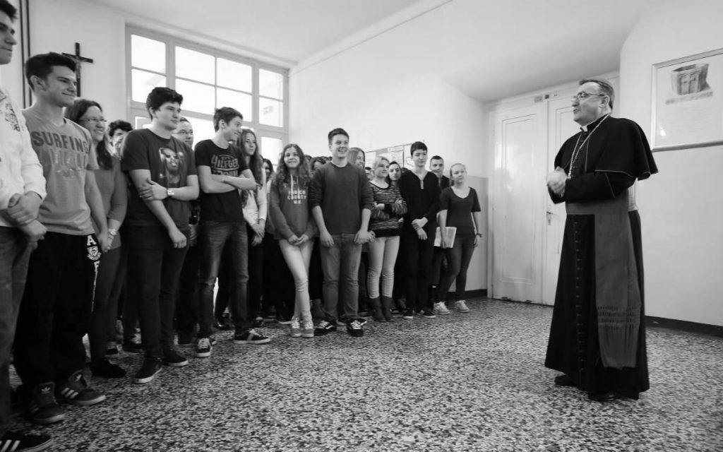 Kardinal Josip Bozanić s učenicima VII gimnazije u Zagrebu, 2014.