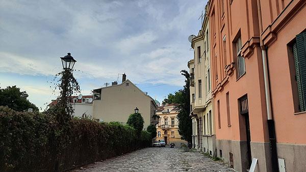 Srebrenička ulica u Beogradu