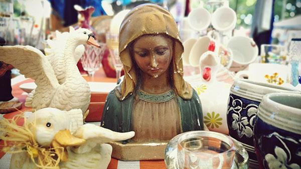 figurica Bogorodice na pijacu