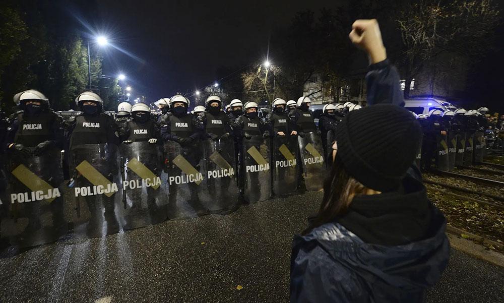 Varšava 23. oktobra, foto: Czarek Sokołowski/AP