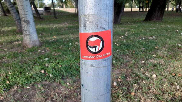 Nalepnica: Antifašistička akcija