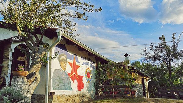 Zastava SFRJ sa Titom