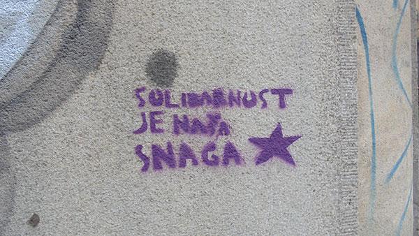 Stensil Antifa: Solidarnost je naša snaga