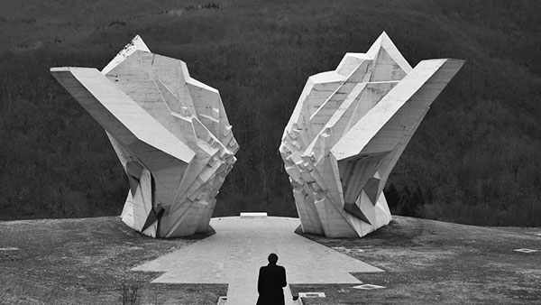 Spomenik na Tjentištu Miodraga Živkovića (1971)