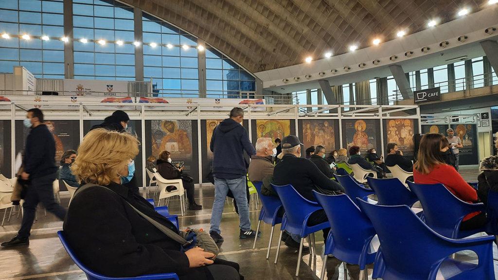 Posle vakcinacije u Hali 3 Beogradskog sajma, foto: Peščanik