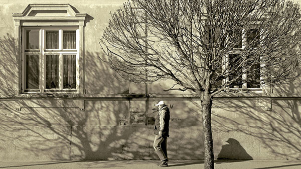 čovek na ulici