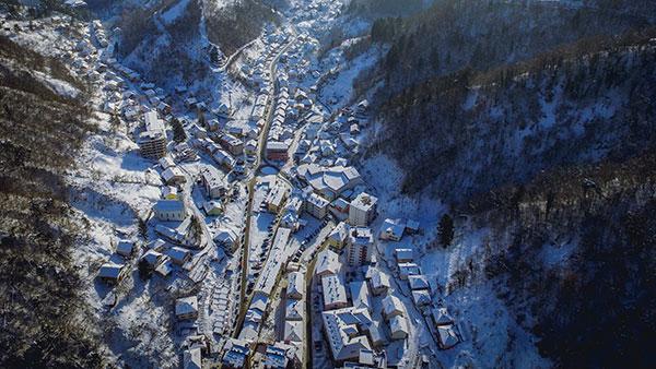 Srebrenica ispod snijega, foto: Kojic.m/Wikimedia Commons