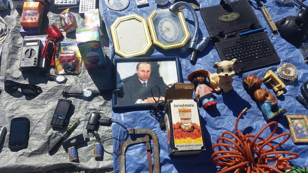 Putinova slika na buvljaku