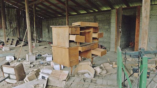 razrušena zgrada