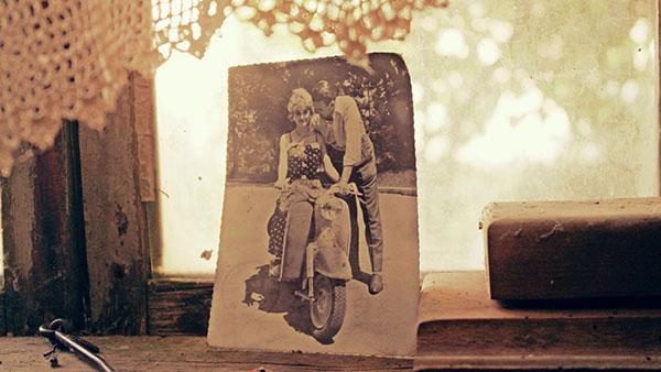 stara fotografija - žena i muškarac