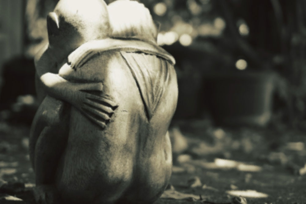 skulptura zagrljaj