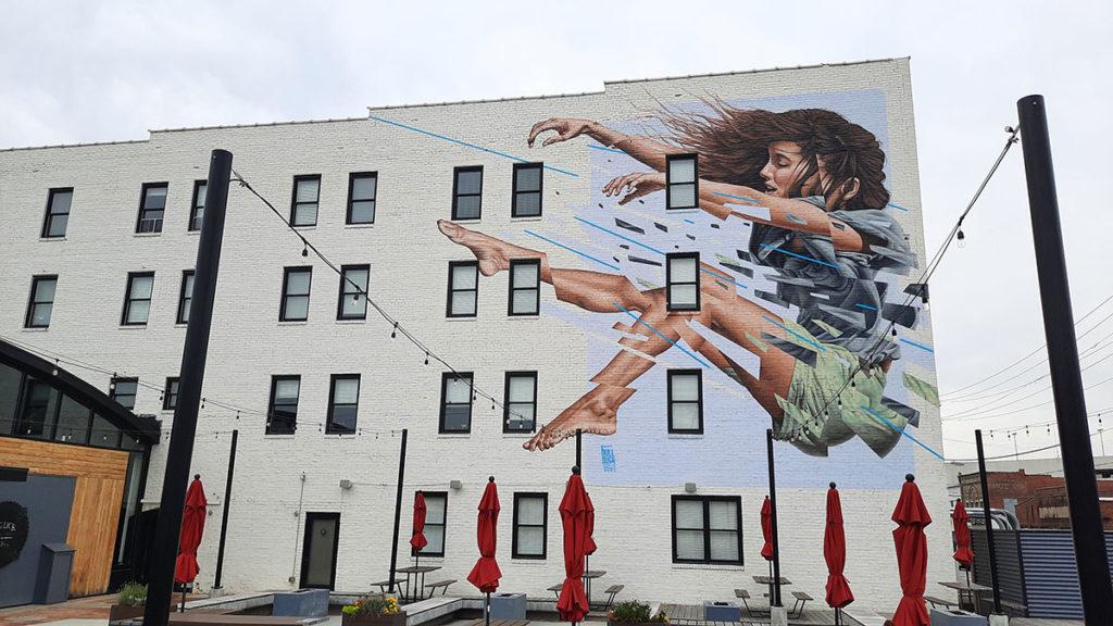 Mural Jamesa Bullougha, Roanoke, Virginia, foto: Peščanik
