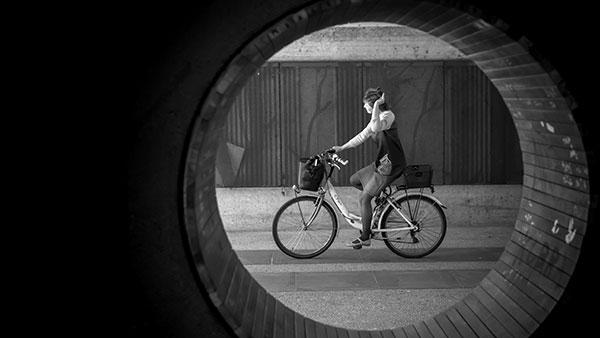 Biciklistkinja, Tivoli, Ljubljana