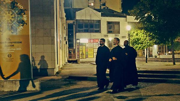 sveštenici